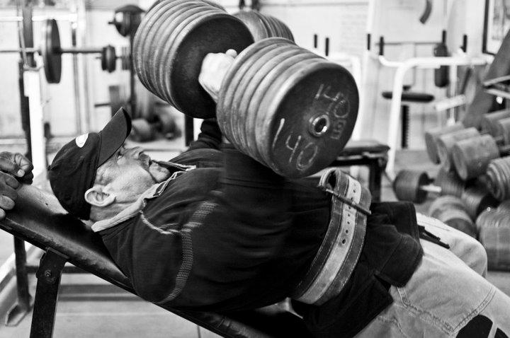 Гигантски серии за чиста мускулна маса и релеф
