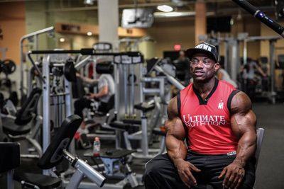 Топ новини за Фитнес » Диети » Dexter Jackson - основен претендент за Mr. Olympia 2016 » Форум » Мнения