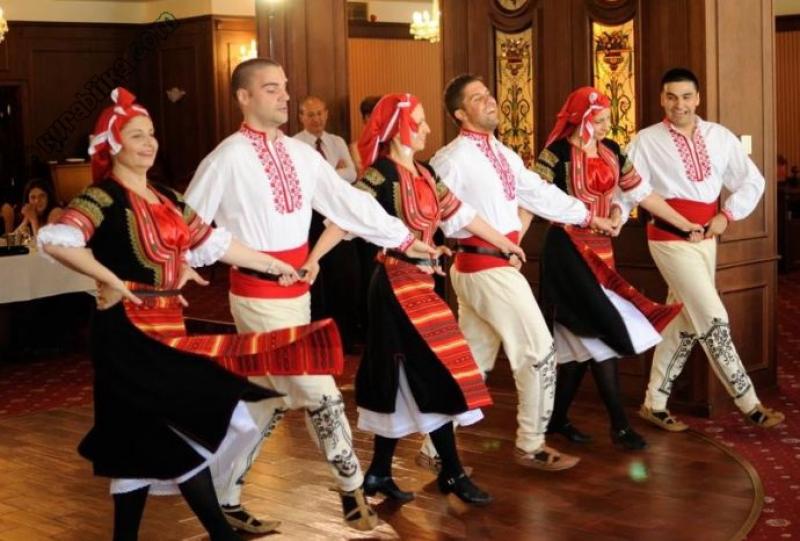 Топ новини за Фитнес » Диети » Народни танци-позитивизъм и спорт » Форум » Мнения